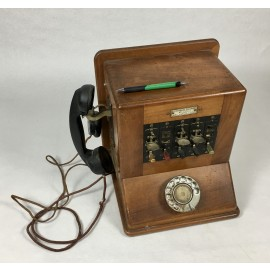 CENTRALITA TELEFÓNICA  MOD 1900