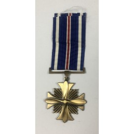 MUS-DISTINGUISHED FLYING CROSS